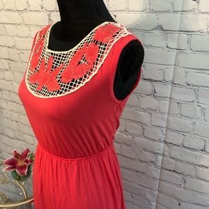 Tea N Rose Coral Dress w/ Embroidery Size 6